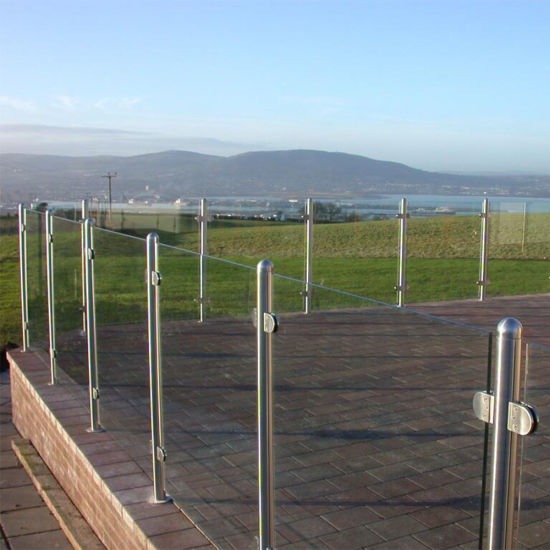 Exterior Balcony Stainless Steel Glass Guardrail / Balustrade / Railing with Post Systems pictures & photos