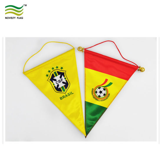 Custom Printing Hanging Silk/Satin Bannerette/Pennants (B-NF12F10006) pictures & photos