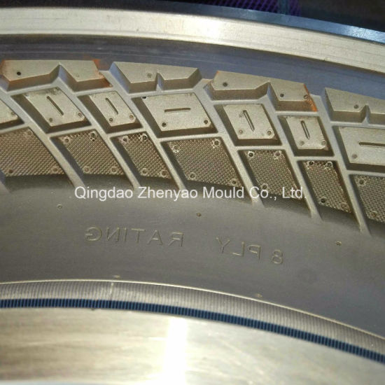 Two Piece Mould of 3.00-17 Eagle Motorcycle Tyre pictures & photos