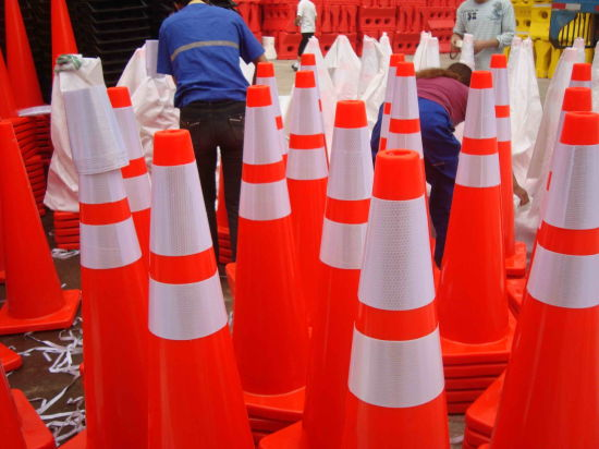 36 Inch Road Cone Full Fluorescent Orange PVC pictures & photos