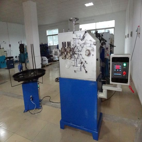 Elegant Shape Mechanical Spring Coiling Machine with Fast Delivery pictures & photos