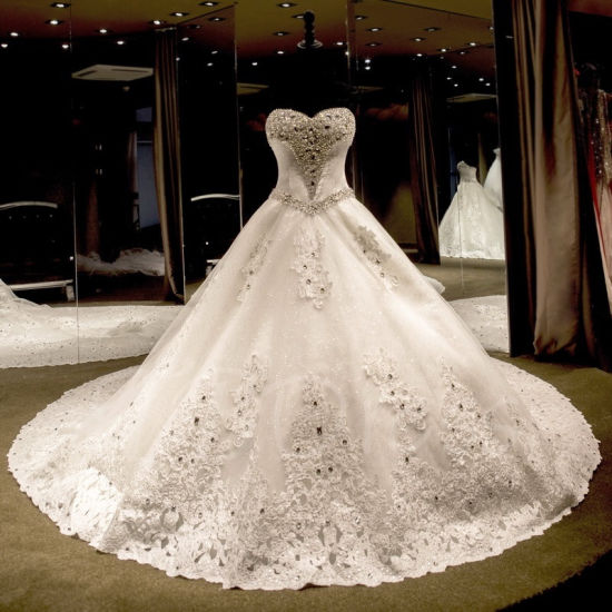 China Luxurious Crystal Beading Ball-Gown Vintage Sweetheart ...