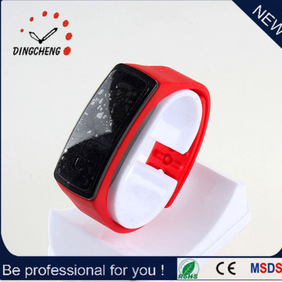 2015 Red Charm Fashion Silicone Strap LED Watch (DC-897) pictures & photos