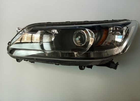 Head Light for Honda Accord 2014 USA Model pictures & photos