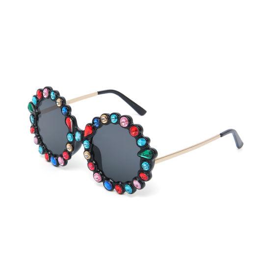 Kenbo 2019 Fashion Round Full Diamond Sunglasses Wholesale Luxury Rhinestone Sunglasses Women