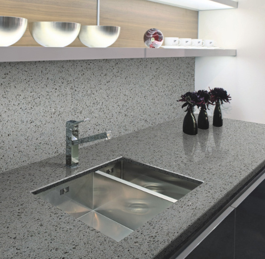 Quartz Stone Vanity-Top for Kitchen and Bathroom Counter-Top