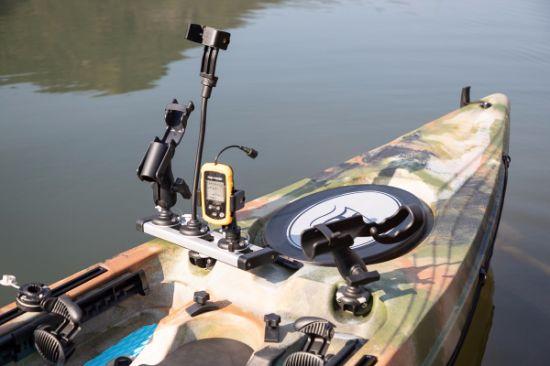 China Manufacturer Fashionable Design Single Fishing Kayak with Paddle