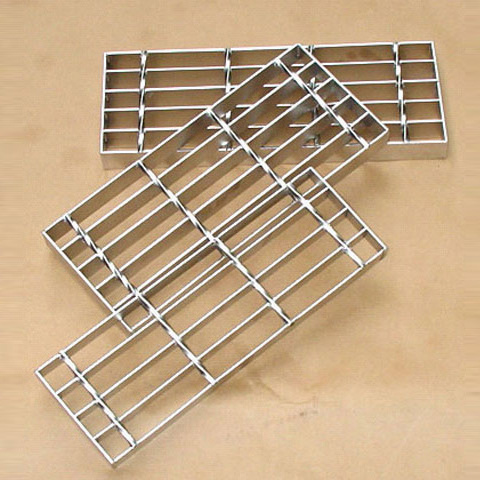 Customized Special Shape Galvanized Stainless/Carbon Steel Bar Trench Grating China Factory