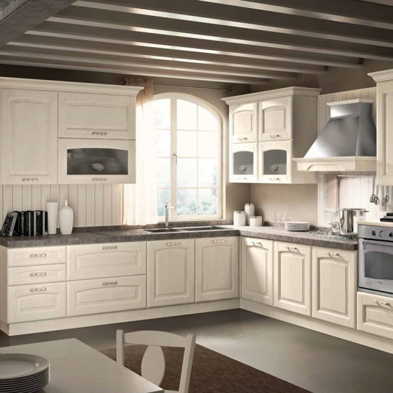 China Nigeria Classic Designs White Alder Solid Wood Kitchen Cabinet