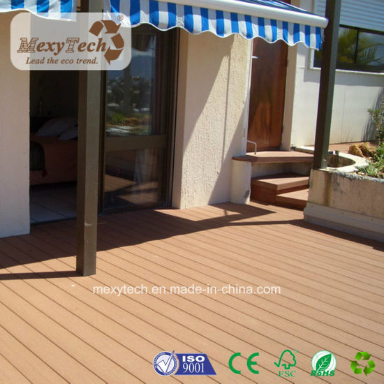 Guangdong Supplier Outdoor Wood Plastic Composite UV Resistance WPC Decking pictures & photos