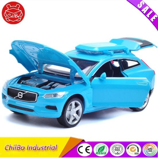 Plastic Simulation Volvo Model Vehicle Toy Car pictures & photos
