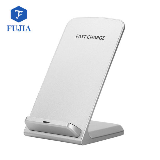 Fast Universal Qi Wireless Phone Charger Q700 pictures & photos