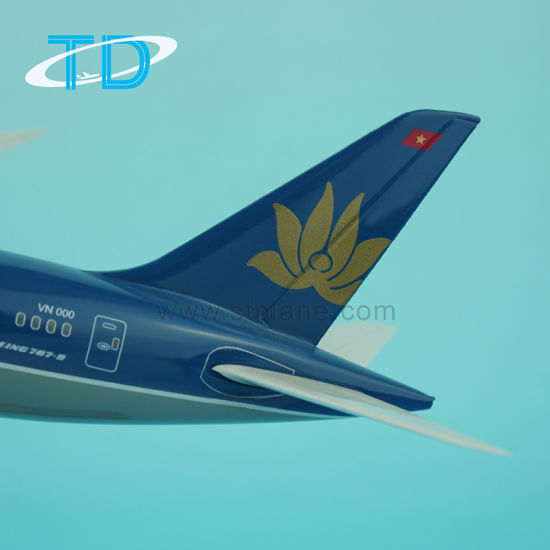 Boeing Dreamliner B787-9 Resin 1/200 Model Aircraft pictures & photos