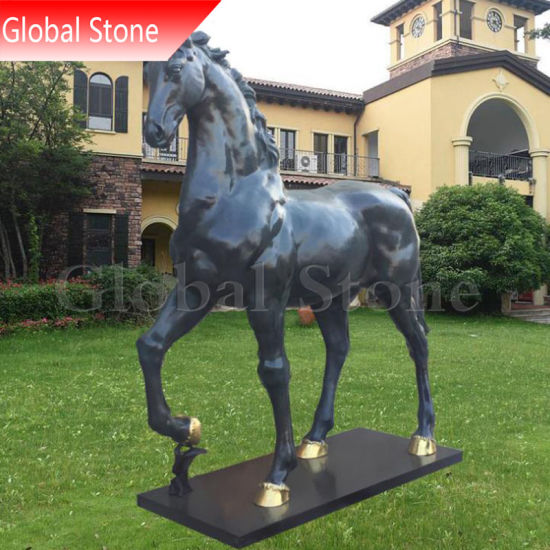 Animal Sculpture Customized Outdoor Garden Life Size Bronze Horse Statue (GSBR-190) pictures & photos
