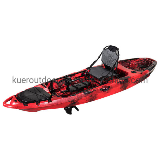 Cheap Fishing Boat in Sea with Pedal System Drive Kayak