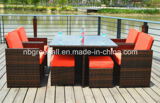 Outdoor/Indoor Rattan Cube Dining Table Garden Line Patio Furniture pictures & photos