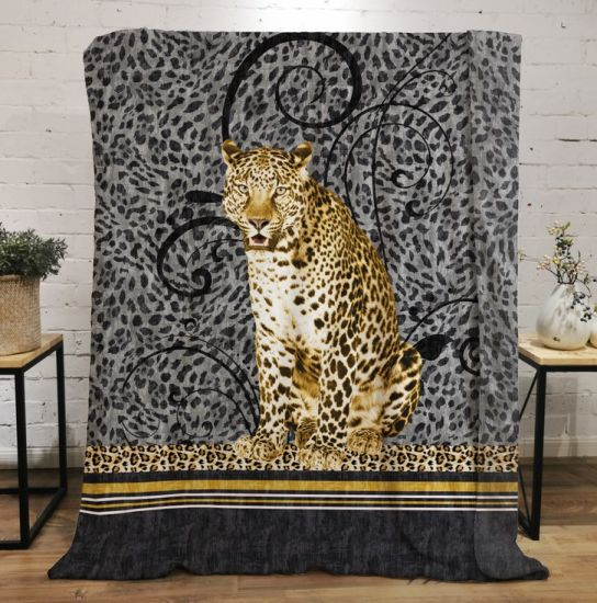 Flannel Fleece Blanket Throw with 3D Digital Animal Leopard 100% Polyester Square Adults American Style