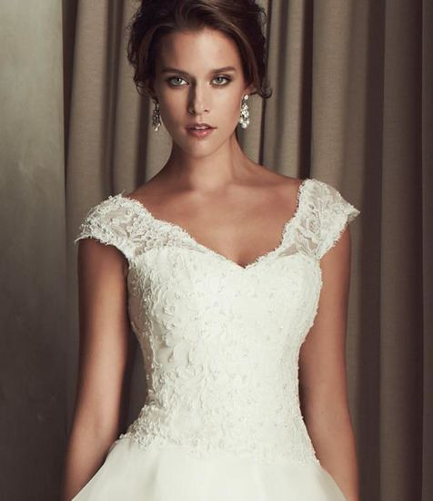 China Vintage Sexy Summer Shoulders A Line Wedding Dress China
