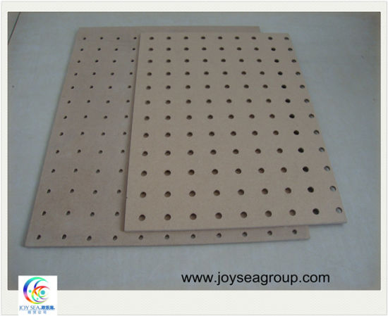 Peg Board/Holed MDF Board Wall Plate pictures & photos