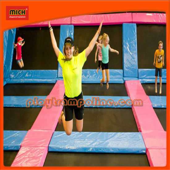 ASTM Outdoor Gymnastic Bungee Trampoline Park with Big Air Bag pictures & photos