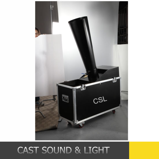 CO2 Stage Confetti Machine with Flight Case pictures & photos