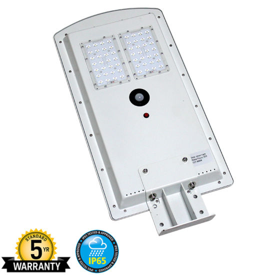 China 30w All In One Led Solar Post Light Over 3000lm