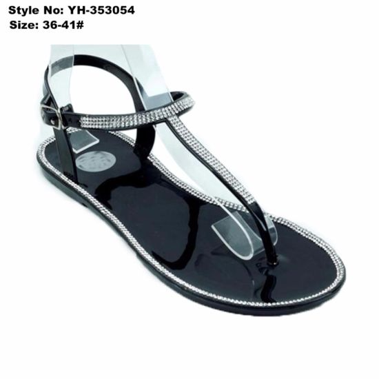 4bc3d5f06fad China Casual Ladies Women Flat Clip Toe PVC Sandals with Rhinestone ...