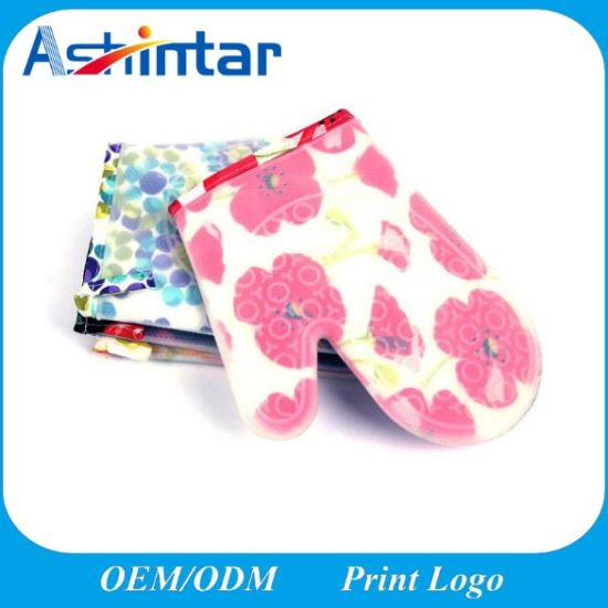 Kitchen Tool Customized Food Grade Flower Pattern Silicone Oven Gloves Heat Resistant Mitts