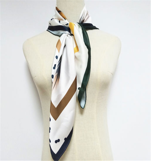 Fashion Printed Satin Fabric Winter Scarf pictures & photos