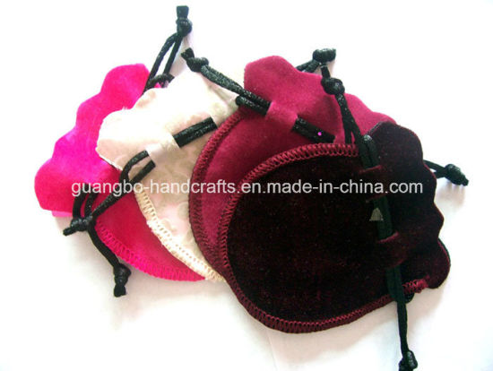 Custom Small Velvet Drawstring Jewelry Pouch pictures & photos
