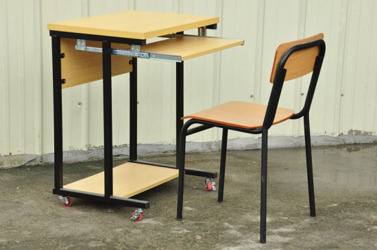 Wooden Classroom Studnet Single Desk with Wheels pictures & photos