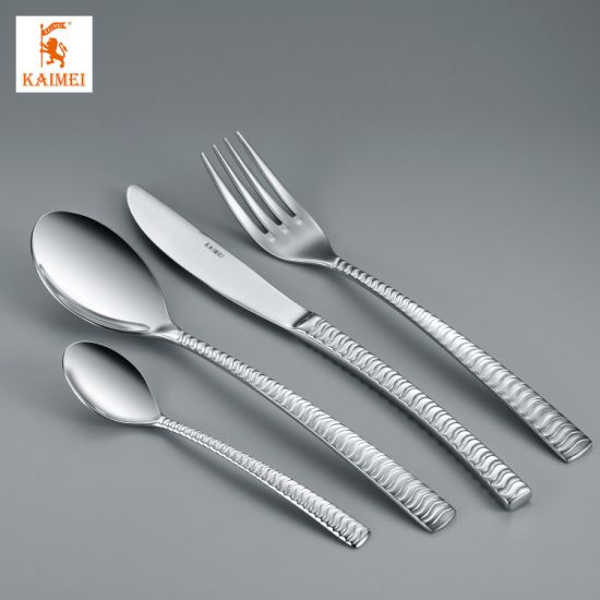 Cutlery Set of 4 Dinner Knives Forks and Table Spoons Stanless Steel gift