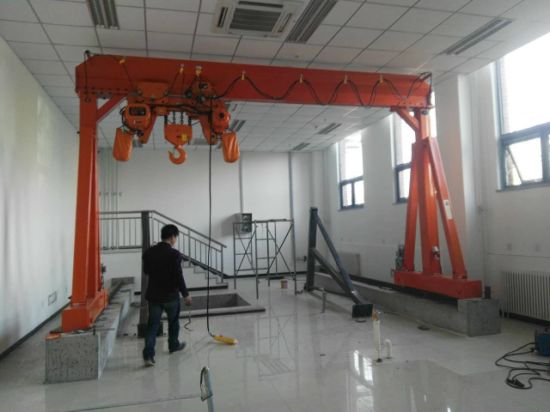 Rail Tracks Running Electric Mobile Gantry Crane Portable Crane Price