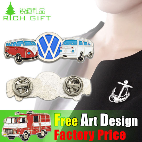 Cheap Wholesales Fashion with Soft Enamel Promotional Chicago Metal Badge pictures & photos
