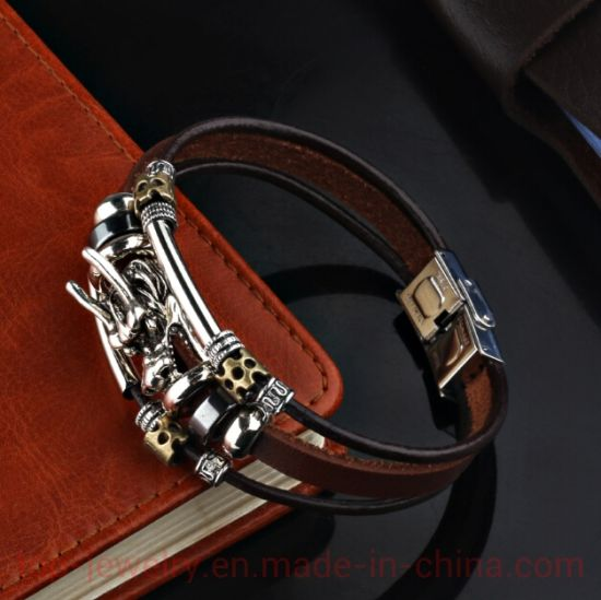 Leading Alloy Bracelet Leather Korean Version Personality Fashion Bracelet Leather Rope Hand Ornament Domineering Retro Student Jewelry Trend pictures & photos