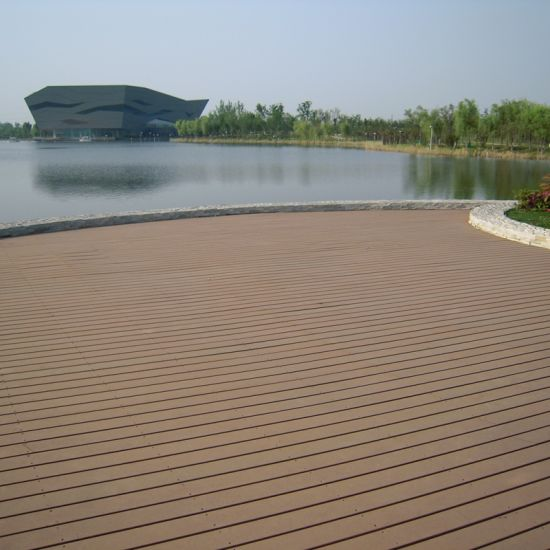 WPC Solid Decking Board for Outdoor with Ce SGS (M40) pictures & photos