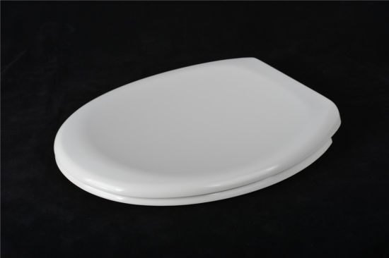 Bathroom Soft Close Toilet Seat Sanitary Toilet Lid pictures & photos