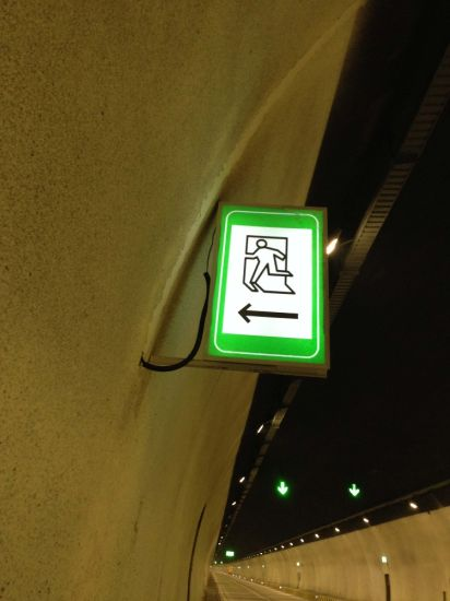 High Brightness LED AC Power Wired Tunnel Emergency Parking Sign pictures & photos
