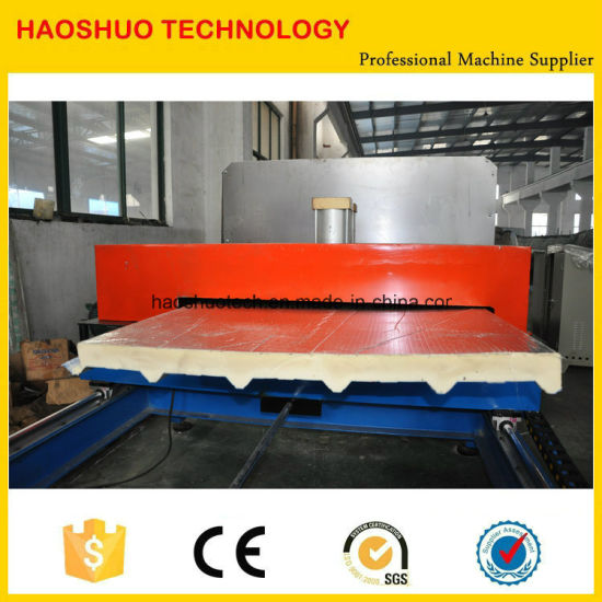 Ecconomic PU Sandwich Panel Line with Rubber Belt Conveyor pictures & photos