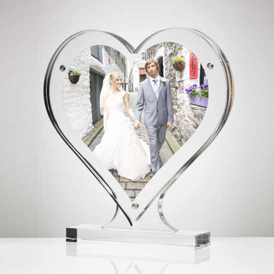 China Clear Acrylic Throughout Table Top Heart Shaped Photo Frame ...