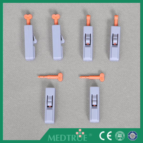 CE/ISO Approved Medical Disposable Safety Lancet (MT58054006) pictures & photos