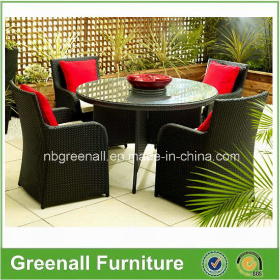 Wicker Tables and Chairs Patio/Garden Outdoor Furniture pictures & photos
