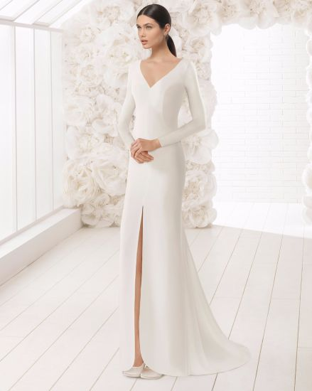 165bd224ed China Long Sleeve V Neck Front Split Satin Wedding Dress - China ...