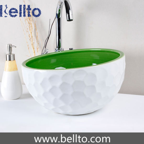 Handmade green and white ceramic basin with golf design (C1071) pictures & photos