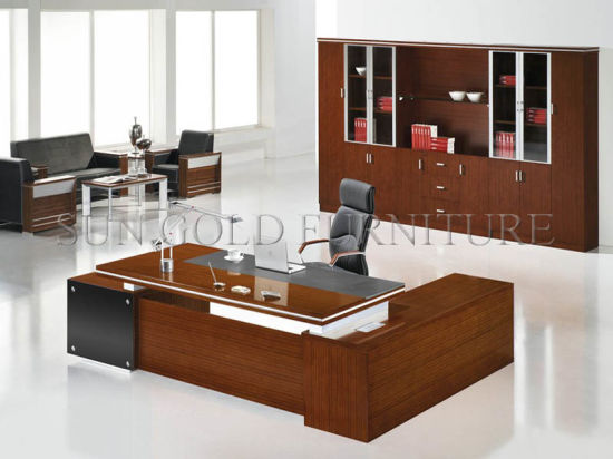 Modern Office Furniture Simple Boss Executive Office Desk (SZ-ODL328) pictures & photos