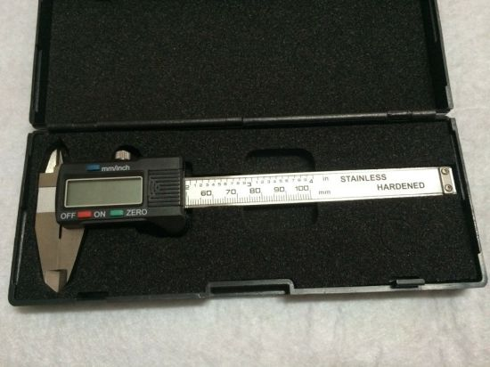 0-150mm Stainless Steel Electronic Digital Vernier Caliper pictures & photos