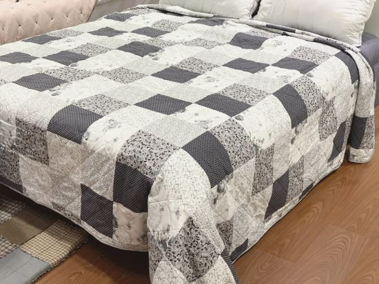 Printed Ultrasonic Quilted Microfiber Blankets Polyester Quilts