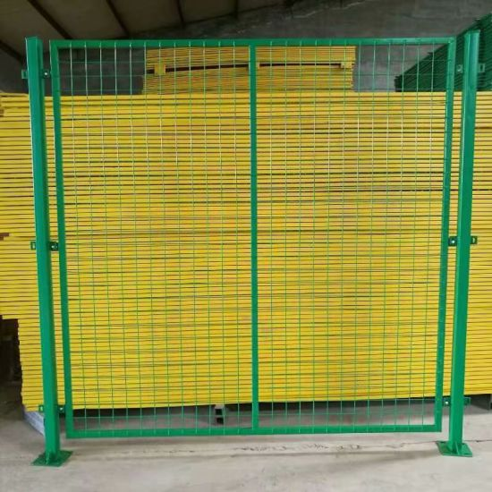 China Supplier PVC Coated Welded Wire Mesh Fence/Welded Wire Fence (Factory)