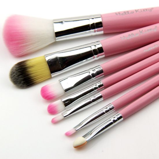 Cute Quality Hello Kitty 7PCS Beauty Cosmetic Brush Set pictures & photos