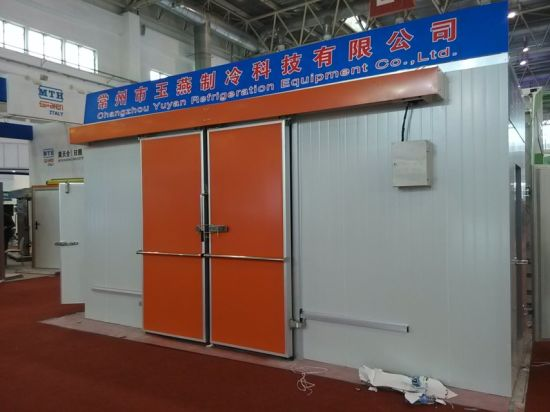 PPGI Manual Sliding Door for Cold Room pictures & photos